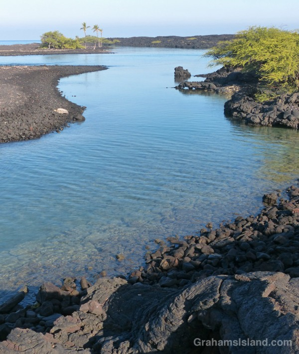The tranquil waters of Kiholo Bay.