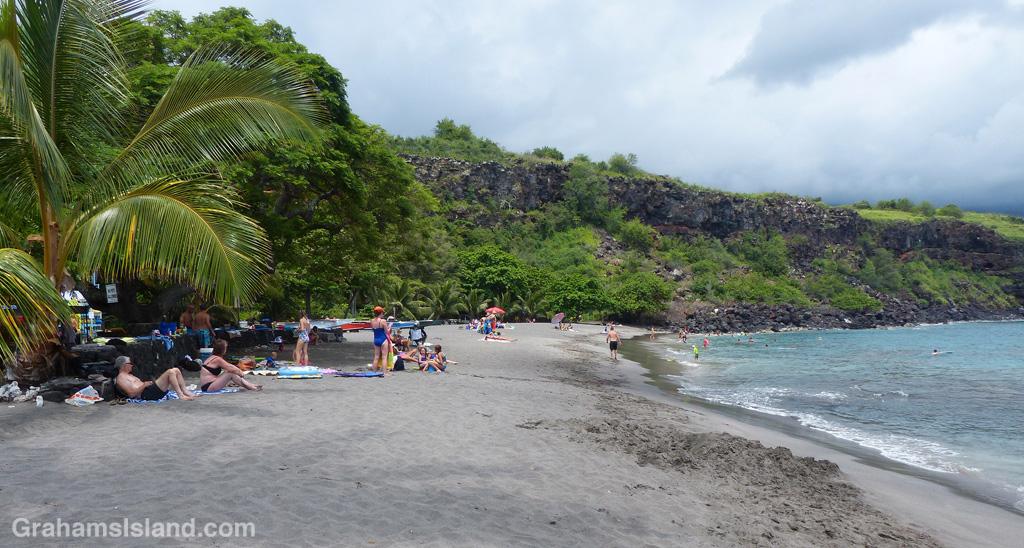 The beach at Ho'okena Beach Park.