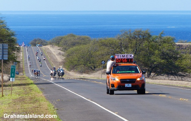 The leaders in the 2017 Ironman World Championship approach Hawi.