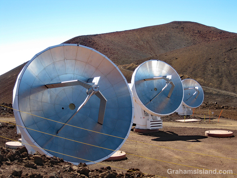 Smithsonian Submillimeter array dishes