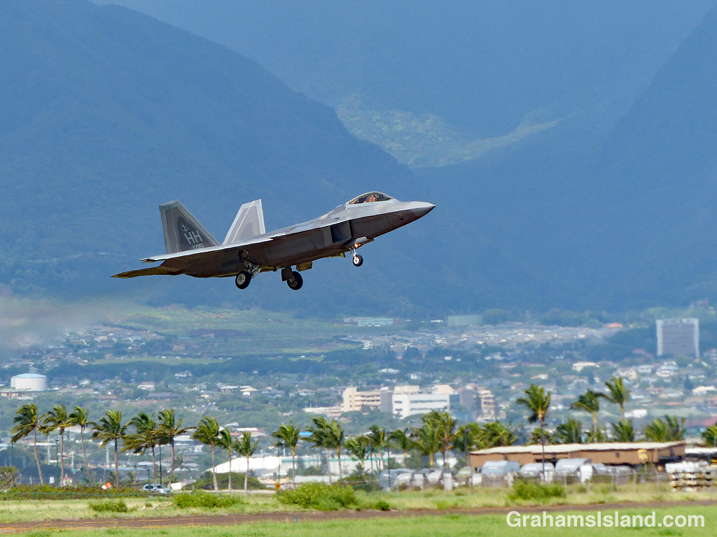 F-22 at Kahului Airport on Maui