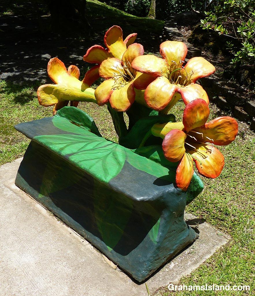 Pana'ewa Rainforest Zoo Flower bench