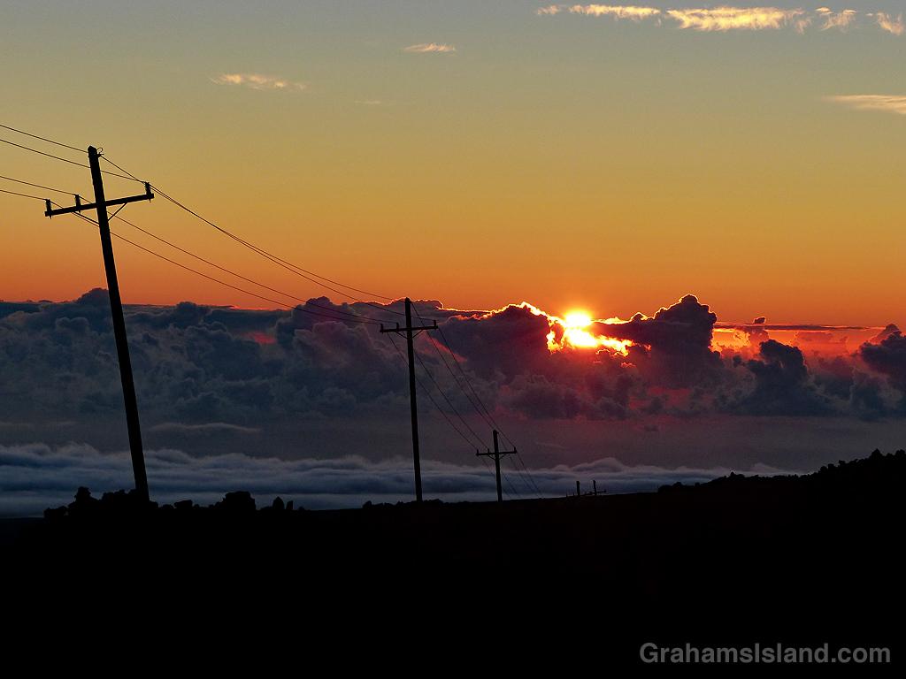Sunrise from Mauna Loa Observatory