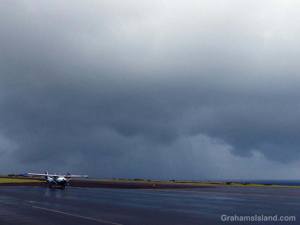 A rainy day at Upolu Airport, Hawaii