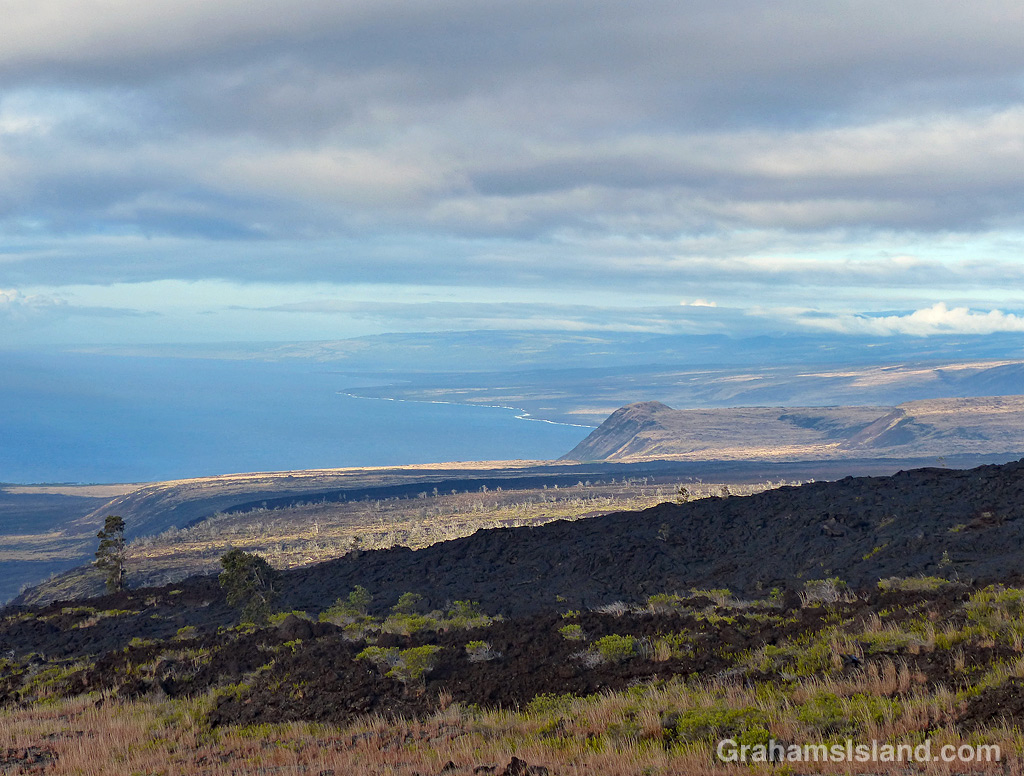 A view along the coast at Hawaii Volcanoes National Park