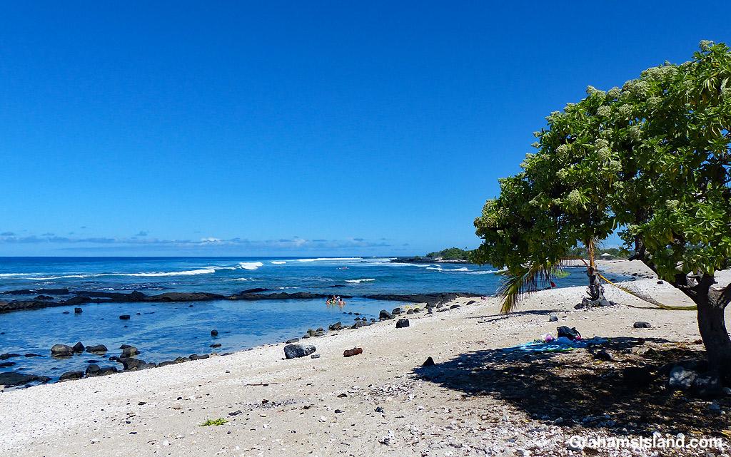 A beach at Kohanaiki Beach Park in Hawaii