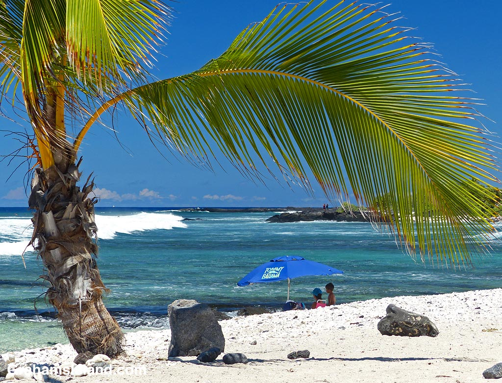 The beach at Kohanaiki Beach Park, Hawaii